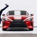 Lexus wystartuje na Super Bowl